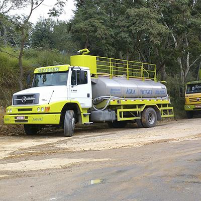 Locação de caminhão carroceria